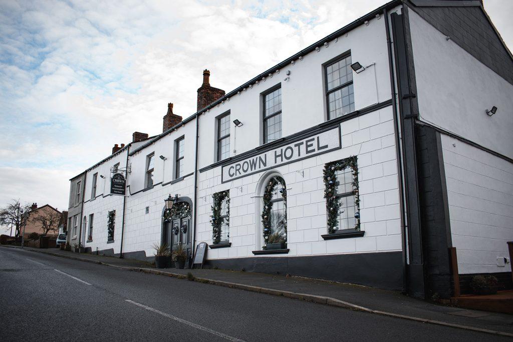 the crown at worthington pub restaturant accommodation