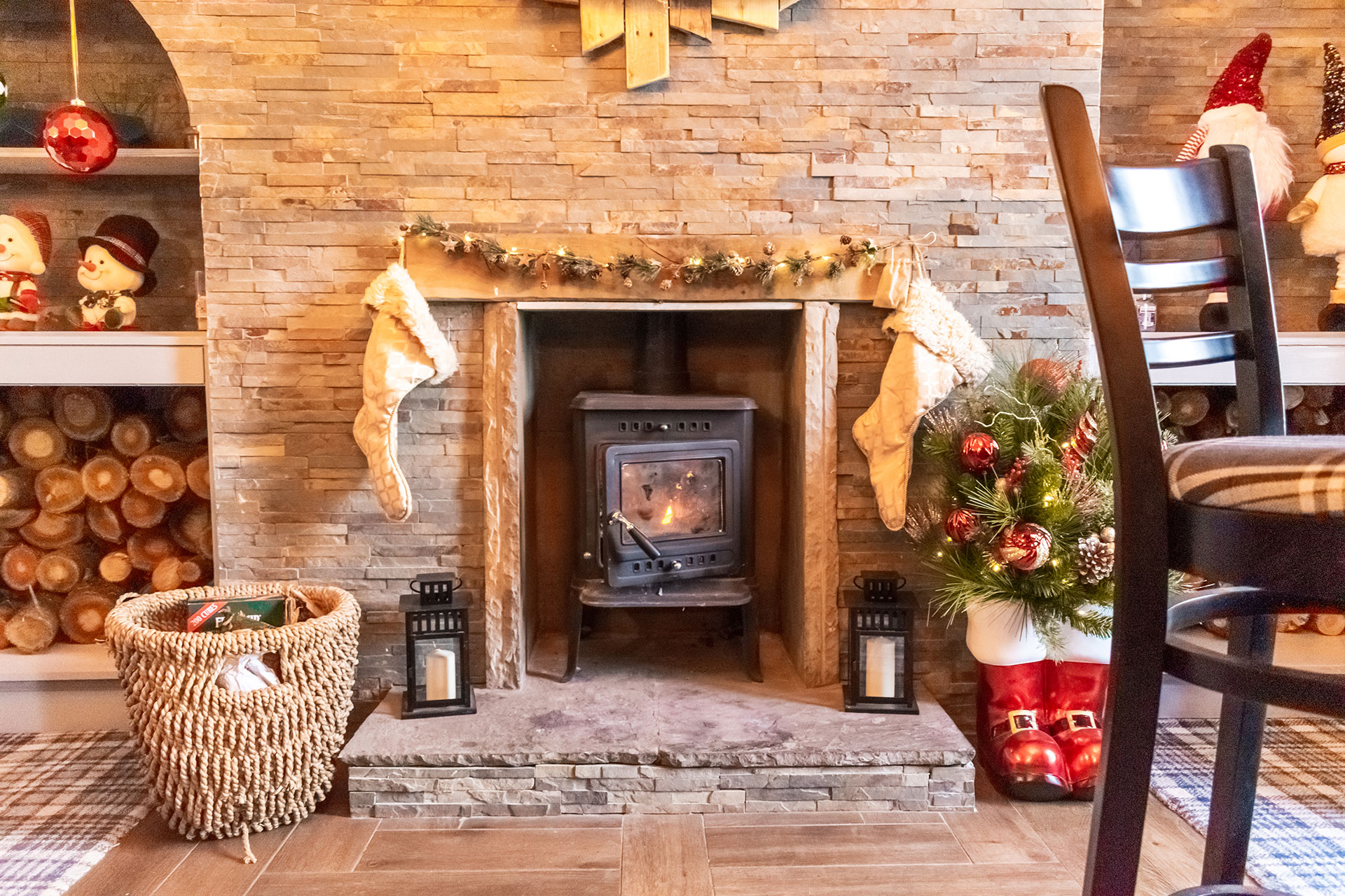 the crown fire place